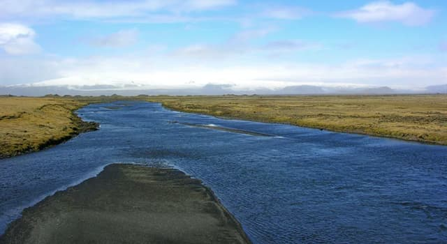Geography Trivia Question: What is the longest river in the world to flow entirely within one country?