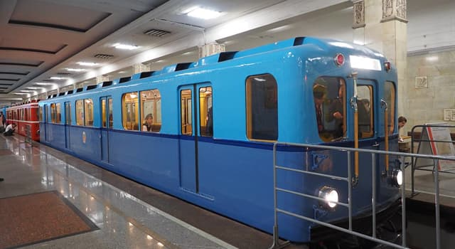 Історія Запитання-цікавинка: В якому році був відкритий Московський метрополітен?