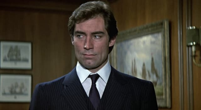 Filmy Pytanie-Ciekawostka: W ilu filmach Timothy Dalton zagrał rolę Jamesa Bonda?
