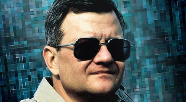 Filmy Pytanie-Ciekawostka: W którym z tych filmów Toma Clancy'ego Ben Affleck zagrał rolę agenta CIA Jacka Ryana?