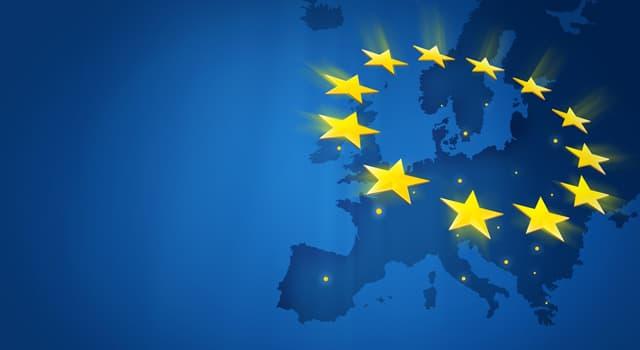 społeczeństwo Pytanie-Ciekawostka: Ile krajów dołączyło do Unii Europejskiej w 2004 roku?
