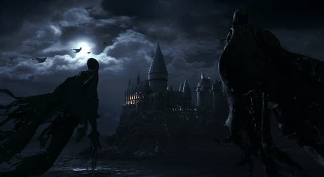 Culture Trivia Question: In the 'Harry Potter' series, what creatures were the guards of the Azkaban Prison?