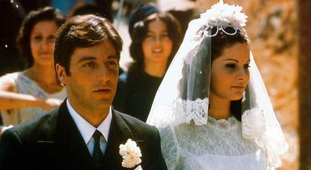 """Filmy Pytanie-Ciekawostka: Jak miała na imię pierwsza żona Michaela Corleone w filmie """"Ojciec chrzestny""""?"""