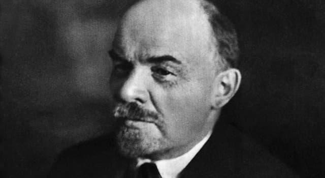Історія Запитання-цікавинка: Яка з перерахованих жінок відома як виконавиця замаху на життя В. І. Леніна?