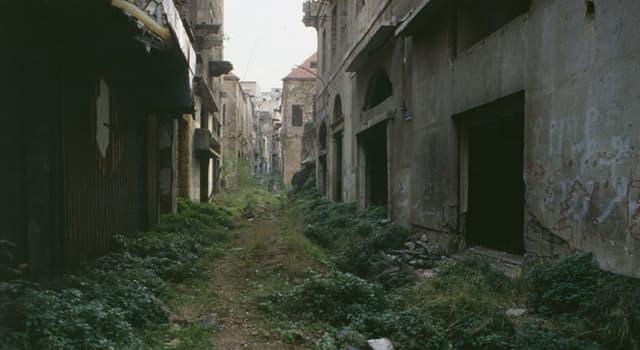 """historia Pytanie-Ciekawostka: Które miasto Bliskiego Wschodu zostało podzielone """"Zieloną Linią"""" podczas wojny domowej w latach 80?"""