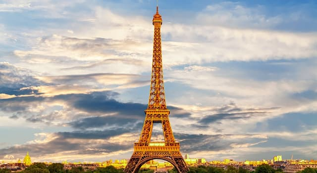 Історія Запитання-цікавинка: На честь якої події побудували Ейфелеву вежу?