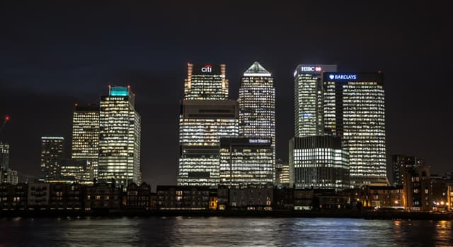 Society Trivia Question: Which building is the tallest in Canary Wharf, London?