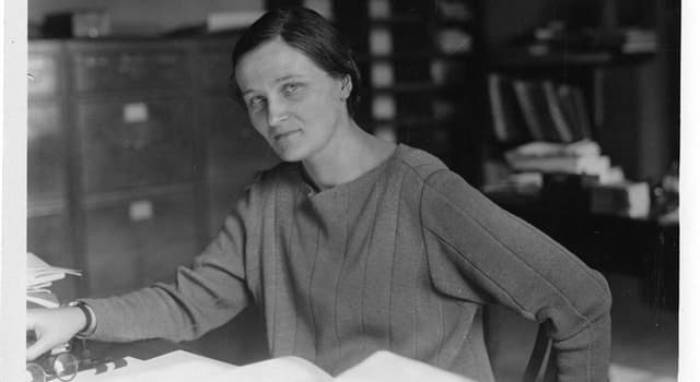 Science Trivia Question: Born in England in 1900, Cecilia Helena Payne-Gaposchkin had a career in which branches of science?