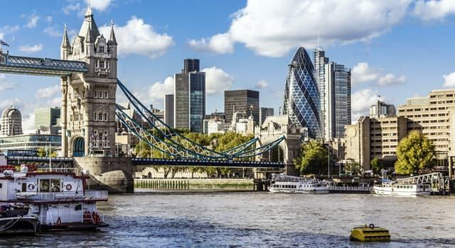 społeczeństwo Pytanie-Ciekawostka: Co jest oficjalną walutą Wielkiej Brytanii?