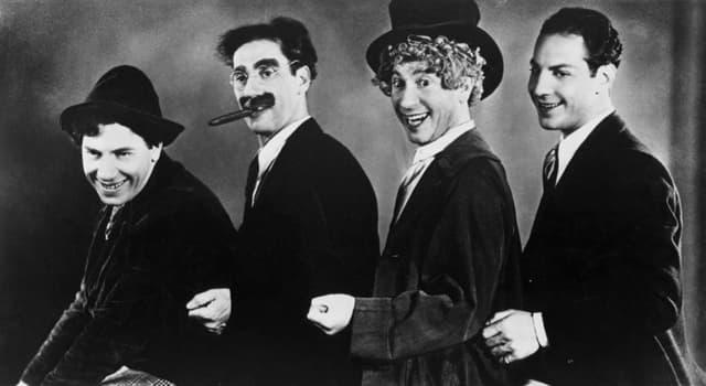 Filmy Pytanie-Ciekawostka: Co z poniższego jest tytułem filmu, w którym wystąpili bracia Marx?