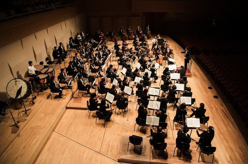 Cultura Pregunta Trivia: ¿Cuál de los siguientes directores fue cofundador de la Orquesta del Diván de Oriente y Occidente?