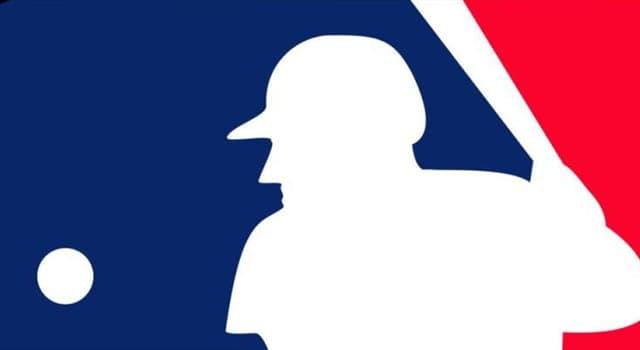 sport Pytanie-Ciekawostka: Czym wypełniony jest środek piłki baseballowej?
