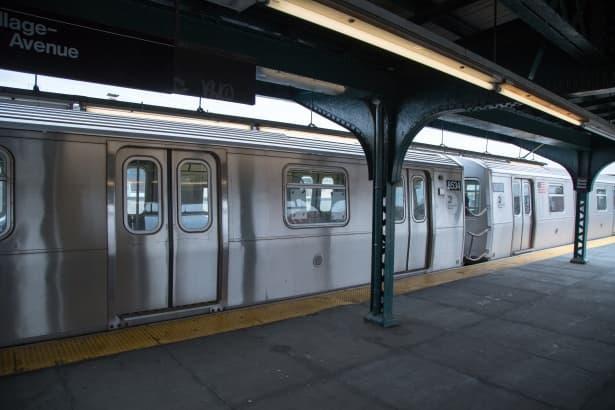 Sociedad Pregunta Trivia: ¿En qué ciudad se encuentra la estación de tren subterráneo (metro) con mayor profundidad?