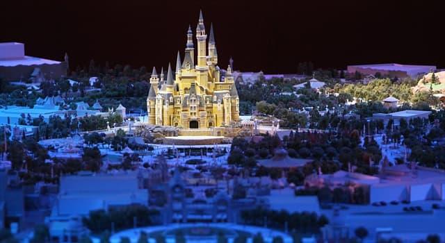 społeczeństwo Pytanie-Ciekawostka: Gdzie 16 czerwca 2016 roku został otwarty Disneyland?