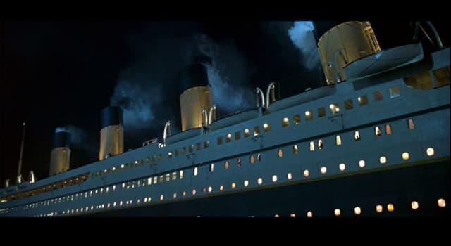 historia Pytanie-Ciekawostka: Ilu muzyków grało na Titanicu kiedy ten statek zatonął w 1912 roku?