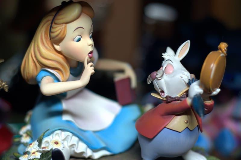 """Kultur Wissensfrage: Welche Tiere werden in """"Alice im Wunderland"""" beim Krocketspiel als Bälle verwendet?"""