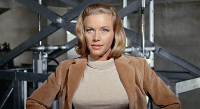 Film & Fernsehen Wissensfrage: In welchem James-Bond-Film erscheint Pussy Galore?