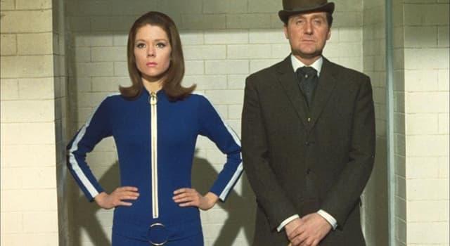 """Filmy Pytanie-Ciekawostka: Jak miała na imię bohaterka Diany Rigg w serialu telewizyjnym """"Rewolwer i melonik"""" (1965-68)?"""