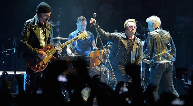 Kultura Pytanie-Ciekawostka: Jak nazywa się Bono, wokalistka irlandzkiego zespołu rockowego U2?