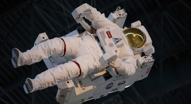 nauka Pytanie-Ciekawostka: Jak nieważkość wpływa na zdrowie astronautów?