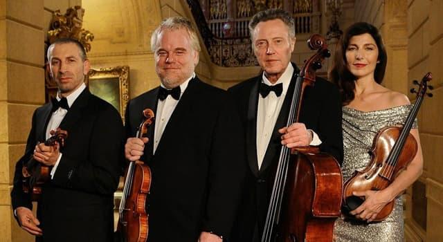 Kultura Pytanie-Ciekawostka: Jak w muzyce nazywa się zespół instrumentalny składający się z czterech instrumentów lub wykonawców?