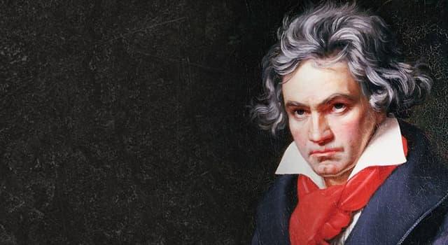 """Kultura Pytanie-Ciekawostka: Jednym z najsłynniejszych utworów Beethovena byłą """"... Księżycowa""""."""