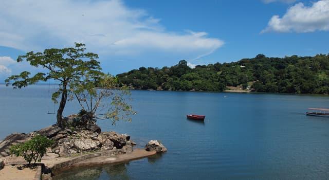 Географія Запитання-цікавинка: Як звали першого європейця, що вийшов на берег озера Ньяса?
