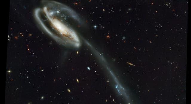 Наука Запитання-цікавинка: Яка галактика зображена перед вами?