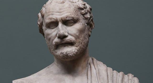 Історія Запитання-цікавинка: Який видатний грецький оратор навчався ясно вимовляти слова, набираючи в рот камінчики?