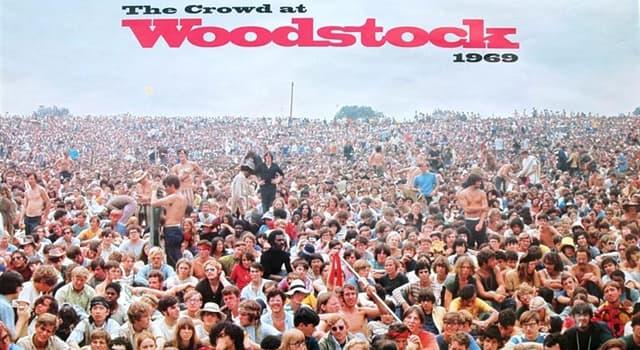 """Kultura Pytanie-Ciekawostka: Kto jest autorem piosenki """"Woodstock""""?"""