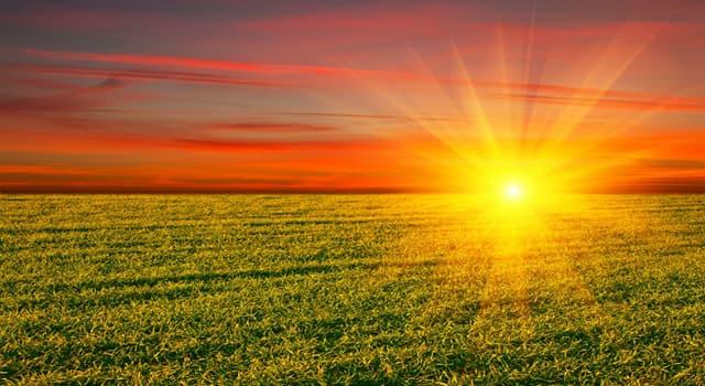 nauka Pytanie-Ciekawostka: Kto sugerował, że Słońce było centrum Wszechświata?