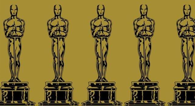 Filmy Pytanie-Ciekawostka: Która kobieta jako jedyna w historii otrzymała Oscara za najlepszą reżyserię?