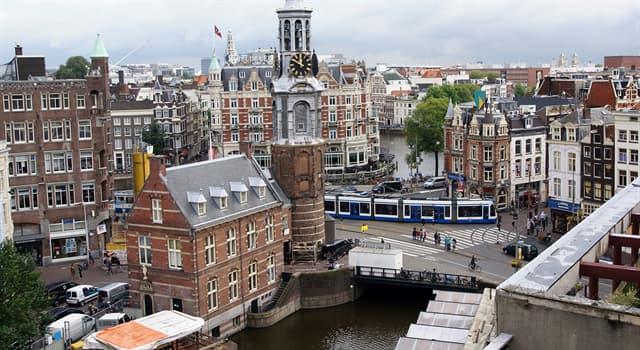Geografia Pytanie-Ciekawostka: Która rzeka przepływa przez Amsterdam?