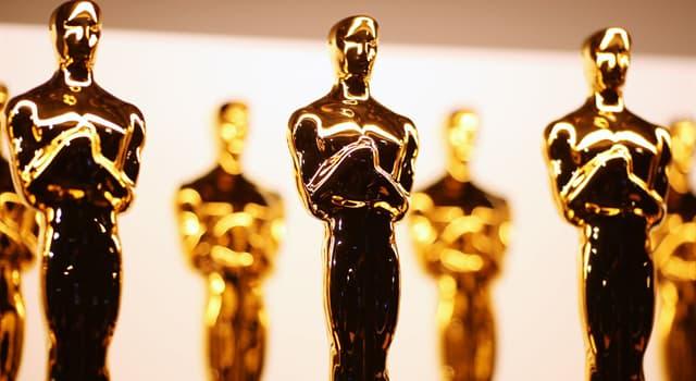 Filmy Pytanie-Ciekawostka: Który aktor jako jedyny w historii zdobył dwa Oscary za tę samą rolę?