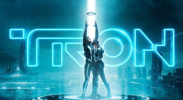 """Filmy Pytanie-Ciekawostka: Który aktor zagrał rolę Kevina Flynna w filmie """"Tron"""" 1982 roku?"""