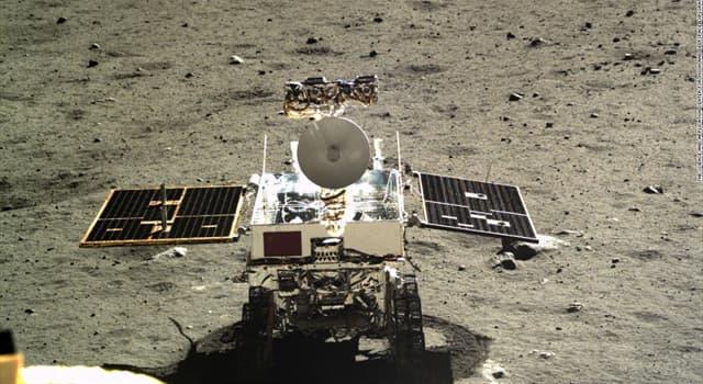 """nauka Pytanie-Ciekawostka: Który kraj wylądował łazikiem-robotem """"Jade Rabbit"""" na Księżycu w 2013 roku?"""