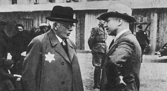 historia Pytanie-Ciekawostka: Który żydowski lider był odpowiedzialny za getto w Łodzi w czasach II wojny światowej?