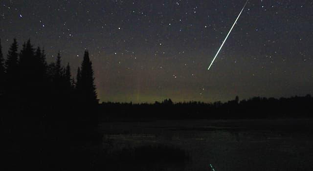 Wissenschaft Wissensfrage: Mit welchem Begriff wird ein besonders heller Meteor bezeichnet?