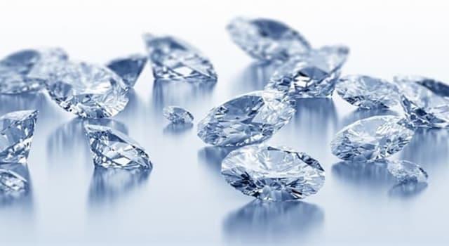 """społeczeństwo Pytanie-Ciekawostka: Nazwa którego z tych kamieni szlachetnych oznacza """"kamień, który się pali""""?"""