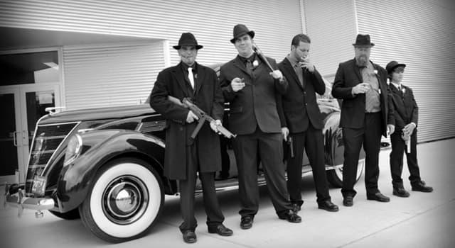 """Filmy Pytanie-Ciekawostka: """"Odkąd pamiętam, zawsze chciałem być gangsterem"""", to pierwsze zdanie jakiego filmu?"""