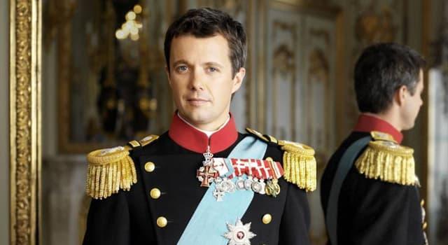 Kultura Pytanie-Ciekawostka: Odpowiednikiem którego tytułu arystokratycznego jest książę koronny?