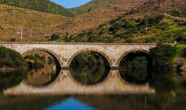 Geografía Pregunta Trivia: ¿Qué par de ciudades no están sobre el mismo río?