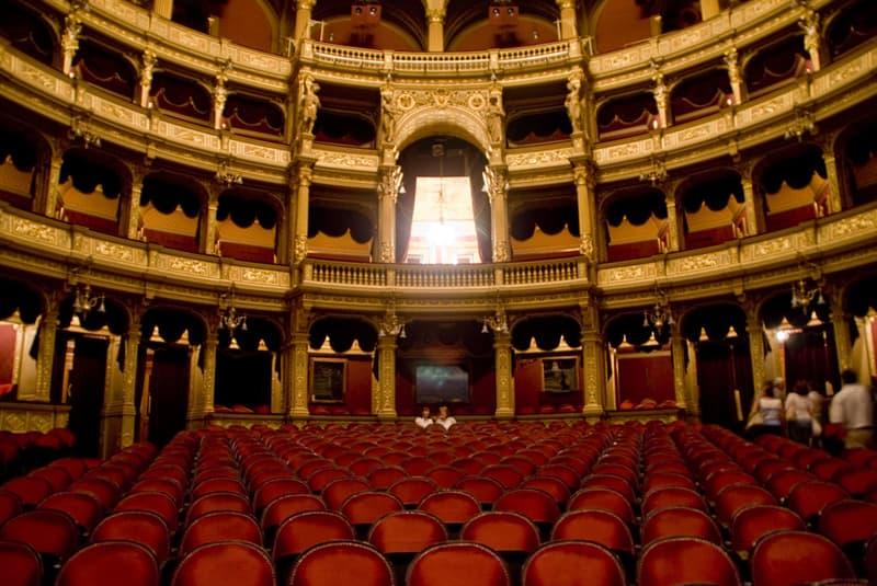 Cultura Pregunta Trivia: ¿Quién es el cantante que más diversidad de papeles ha representado en la historia de la ópera?