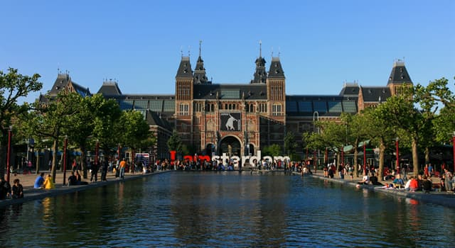 Culture Trivia Question: The Rijksmuseum Art Gallery is located in which city?