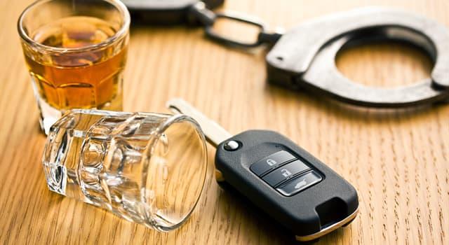 Історія Запитання-цікавинка: В якому місті було зафіксовано перший в світі випадок штрафування водія за п'яне водіння?
