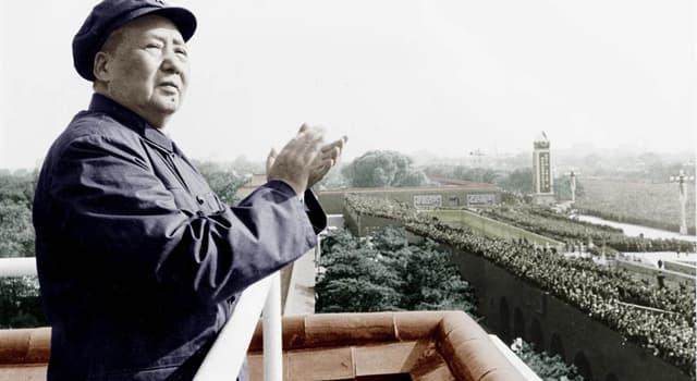 historia Pytanie-Ciekawostka: W 1958 r. Mao Zedong rozpoczął kampanię eksterminacyjną, których gatunków ptaków?
