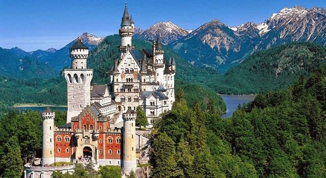 Geografia Pytanie-Ciekawostka: W jakim niemieckim kraju związkowym położony jest bajkowy zamek Neuschwanstein?