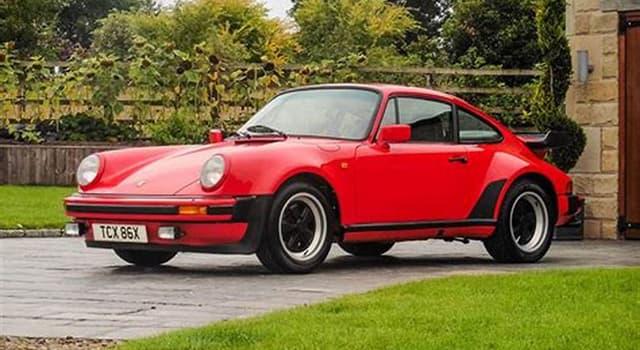 społeczeństwo Pytanie-Ciekawostka: W którym niemieckim mieście znajdują się słynne samochody Porsche?