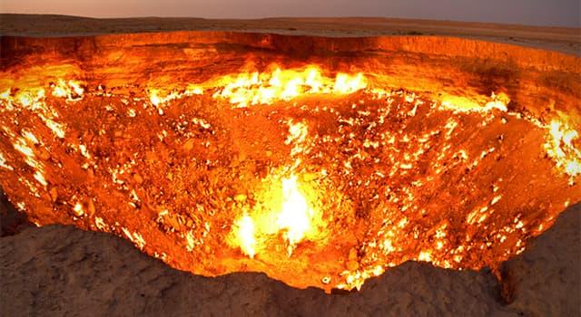 """Geographie Wissensfrage: Was ist die häufigste Erklärung für die Entstehung des """"Tor zur Hölle"""" in Turkmenistan?"""