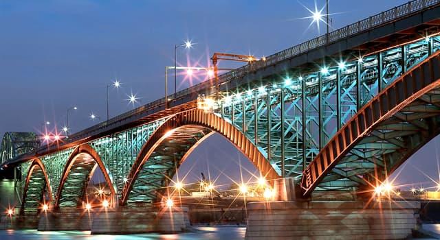 Geographie Wissensfrage: Welche Länder verbindet die Peace Bridge?